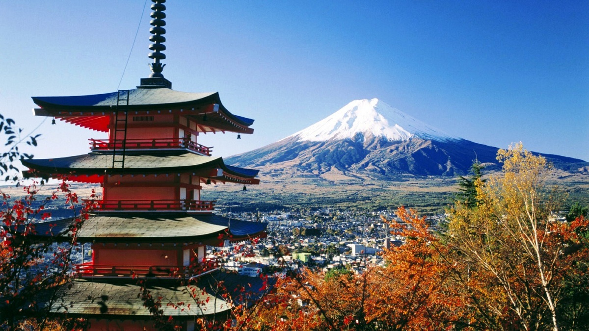 Top Favorite Places in Japan that Become the Destination of Tourists and Travelers